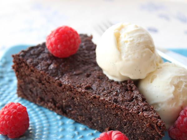 Hullun naisen kakku – Nega Maluca tuo terveiset Brasiliasta