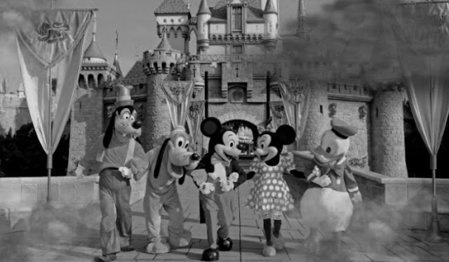 Fakta Menyeramkan Tentang Taman Hiburan Disneyland