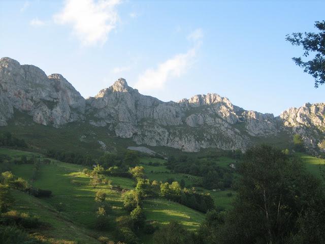 Rutas Montaña Asturias: De vuelta a Los Llanos por Covariella desde Viapará