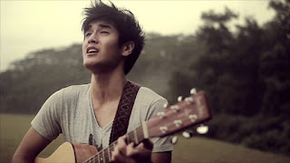 Nathan Hartono 向洋 - Weight of Her Love Lyrics