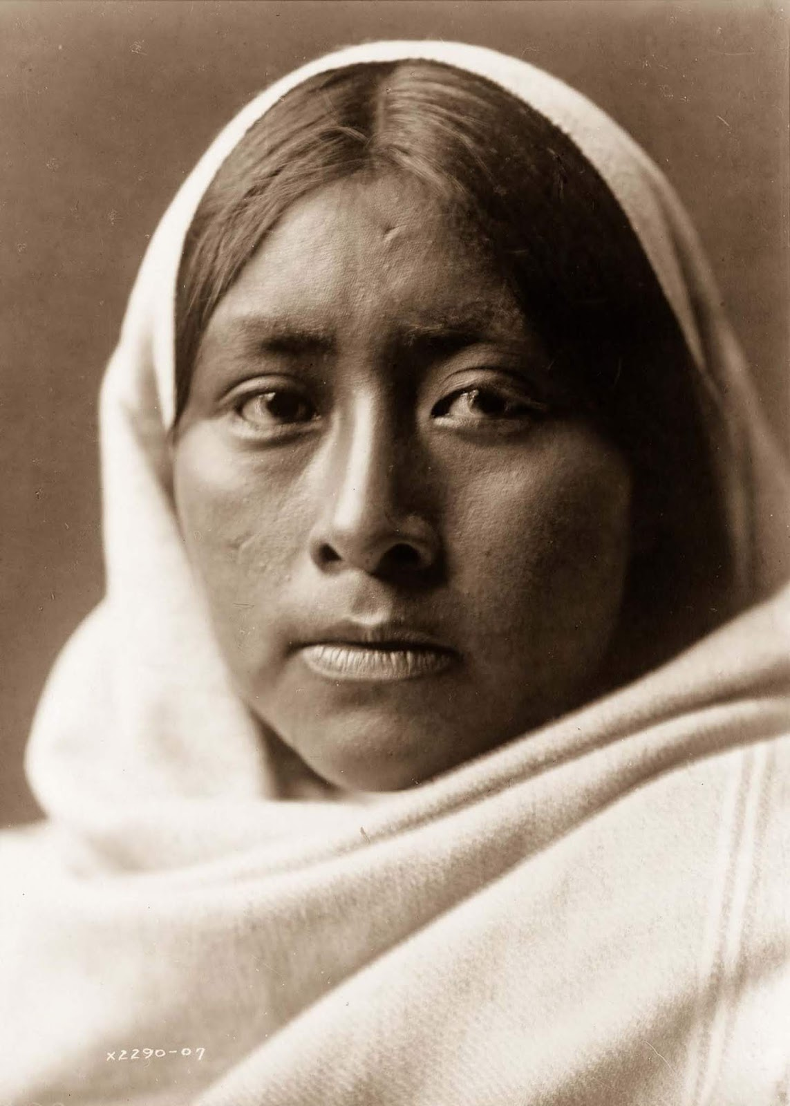 A Papago woman. 1907.