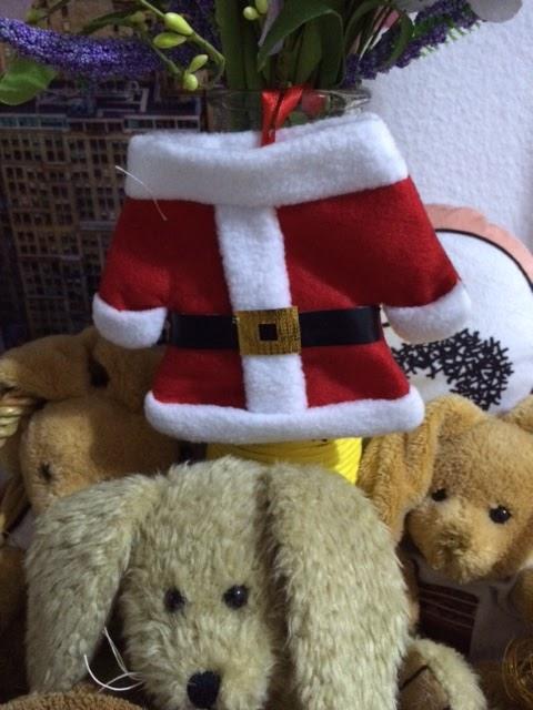 lahr2006 testet lihao 2x santa nikolaus anzug bestecktasche weihnachten geschirr halter f r. Black Bedroom Furniture Sets. Home Design Ideas