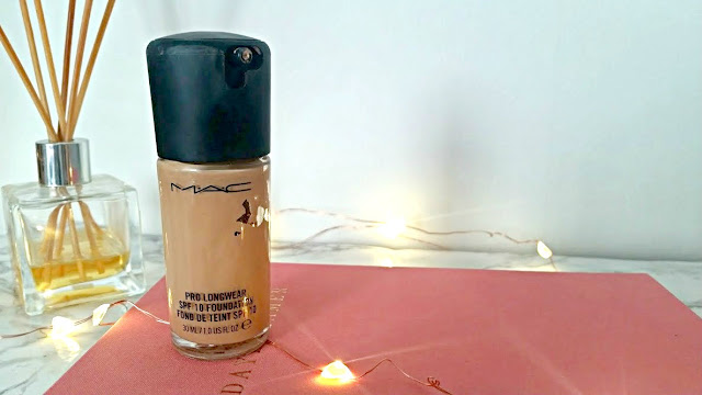 MAC PRO LONGWEAR FOUNDATION Asian/Indian Skin