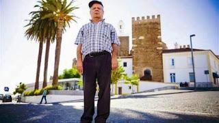 Borrego, de 62 años, volvió a caminar luego de 43 (Journal de Notícias)