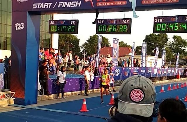 Atlet Lari Yonif Mekanis Raider 411 Kostrad Raih Juara Tiga BRI Run 21 K