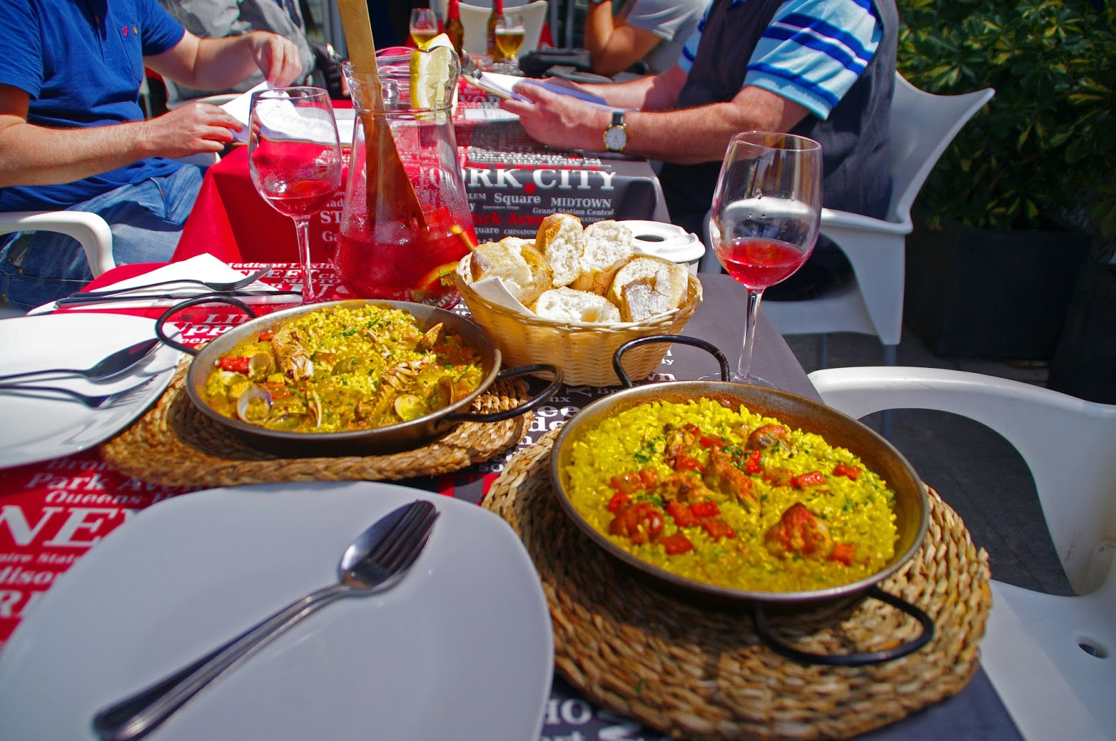 Paella and Sangria in Barcelna