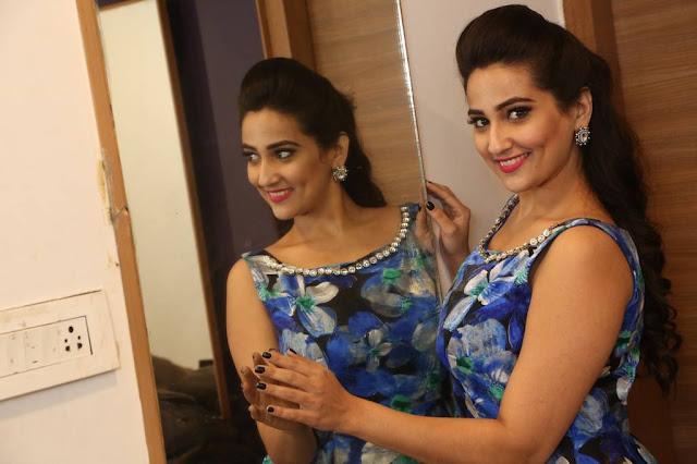 Manjusha Stills At Mama O Chandamama Pre Release Function