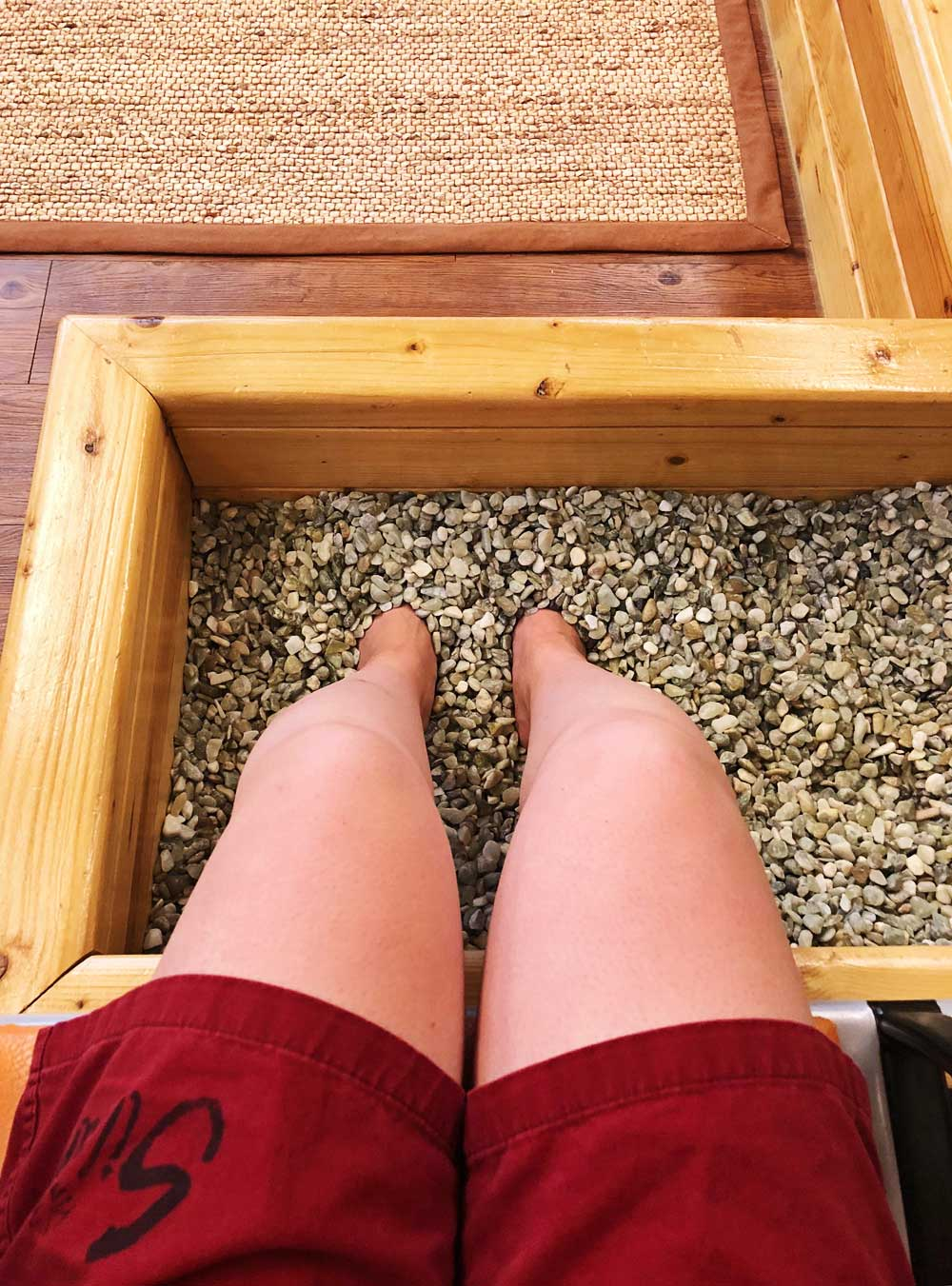 A Guide to Korean Bath and Sauna (Jjimjilbang) Experience in Seoul - Siloam Sauna Heated Stones