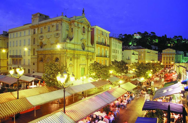 Passeio à noite por Old Town (Velha Nice)