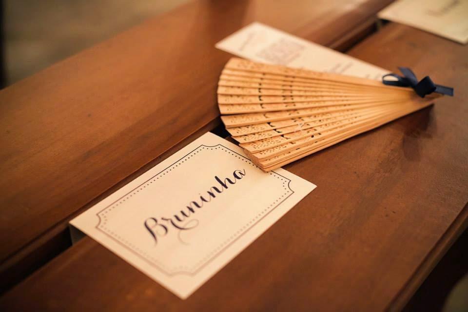 casamento-lindo-singelo-decoracao-cerimonia-leque