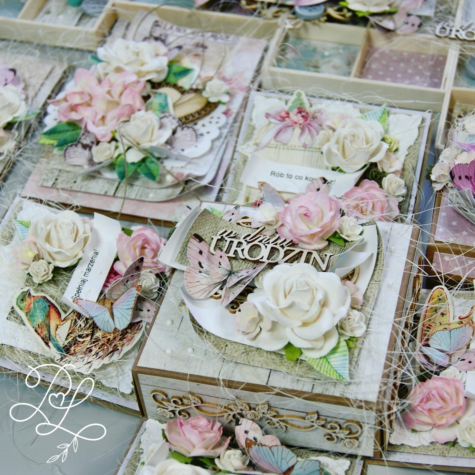 Exploding box Papierowe Love - sklep papierniczy i pracownia rękodzieła Katarzyna Rajczakowska
