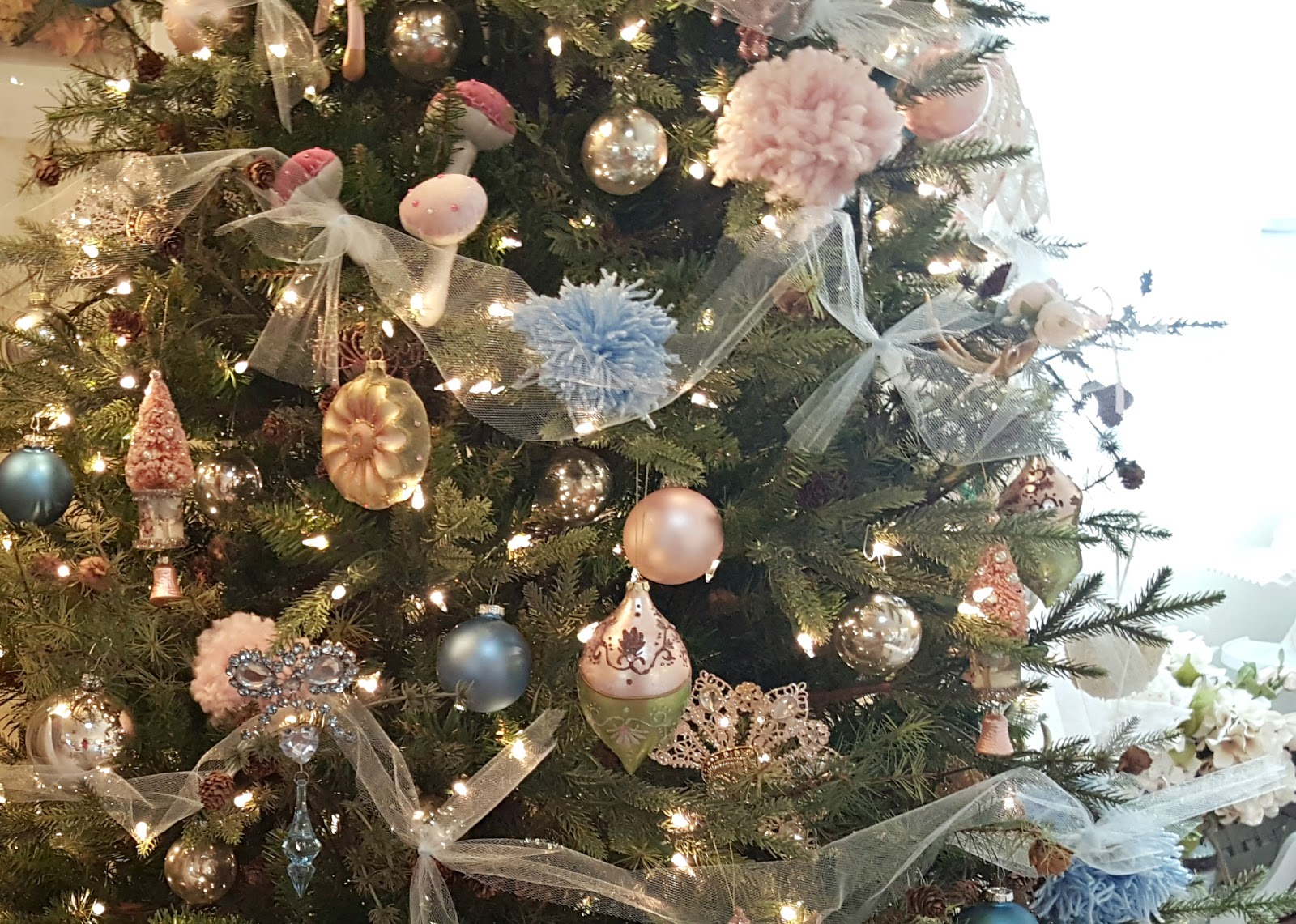 Santa Hat Chair Back Covers Hobby Lobby Plastic Tables And Chairs Penny 39s Vintage Home Pink Blush Pale Blue Christmas Tree