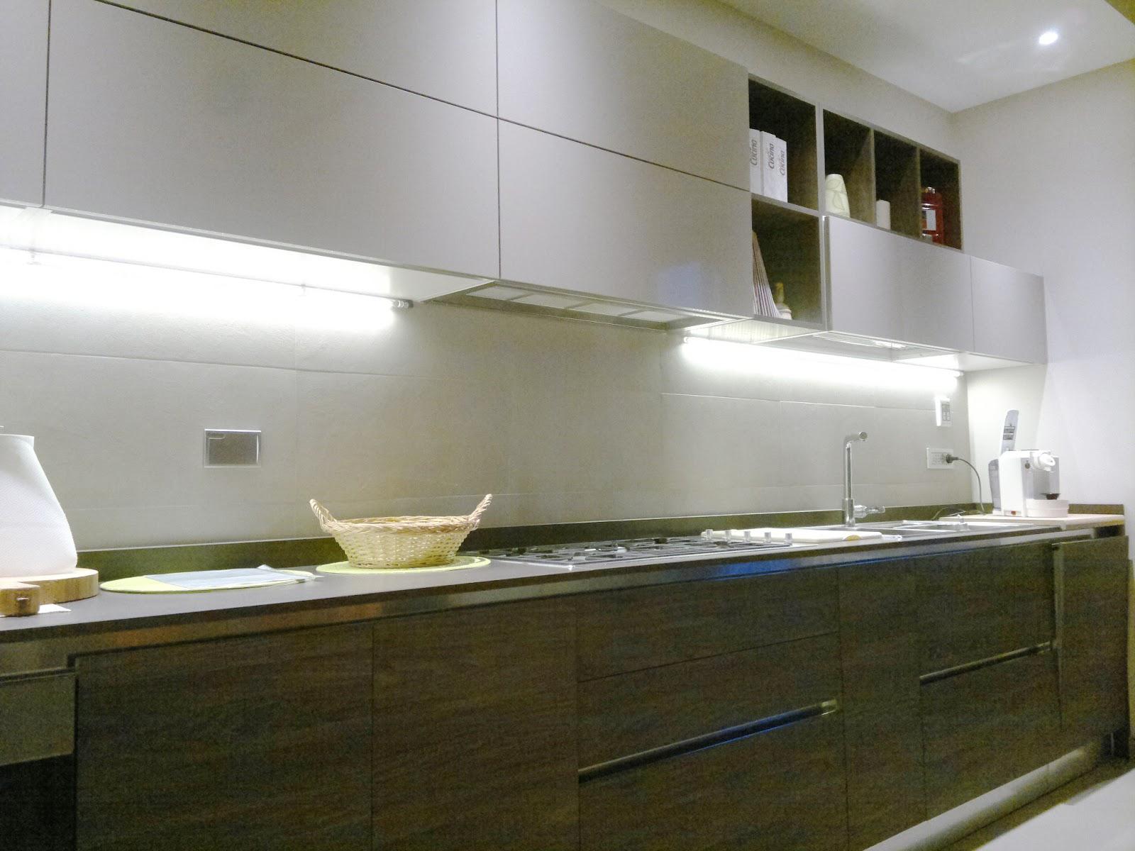 Illuminazione led casa illuminazione sottopensile a led la luce giusta per cucinare - Luce per cucina ...