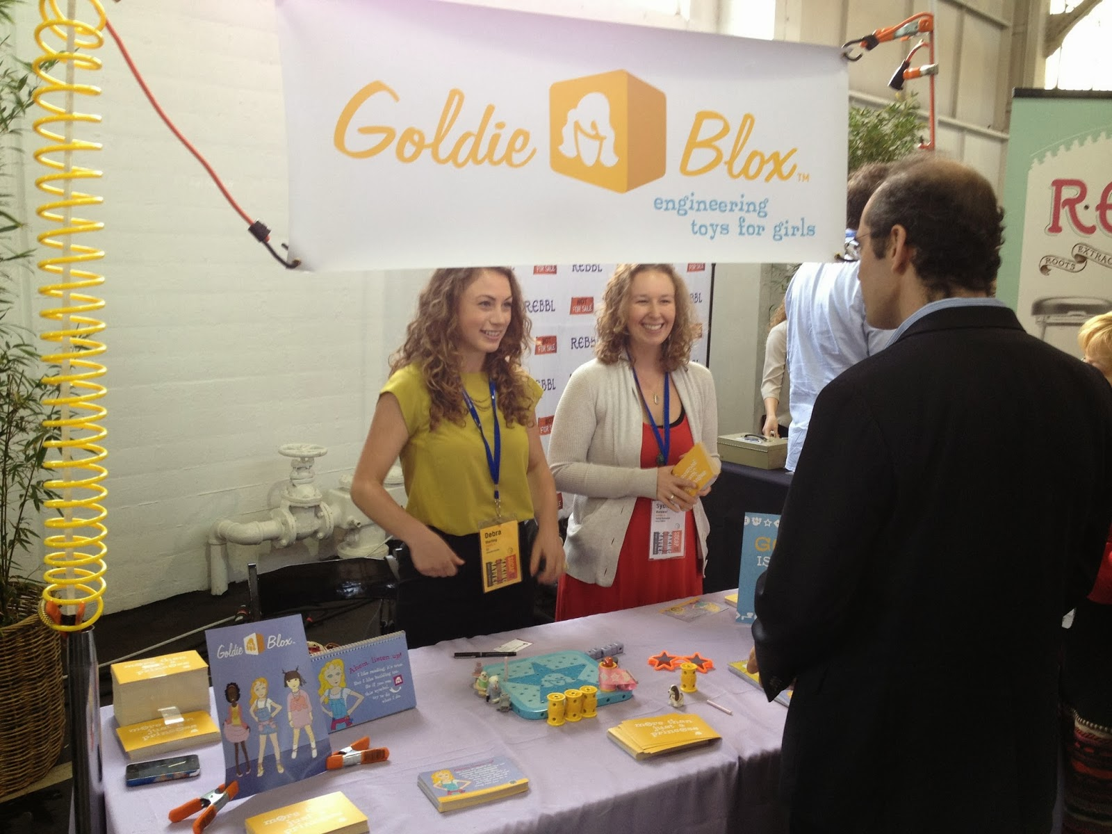 New Girls Toys Encourage Engineering Campus Mercante