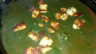 http://www.indian-recipes-4you.com/2017/02/palak-paneer-recipe-in-hindi-by-aju-p.html