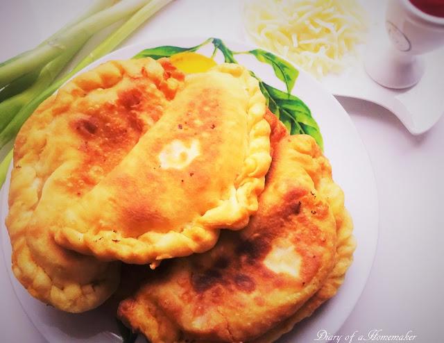 panzerotti-with-tomatoes-and-mozzarella-apettizer-quick-meals-snack-