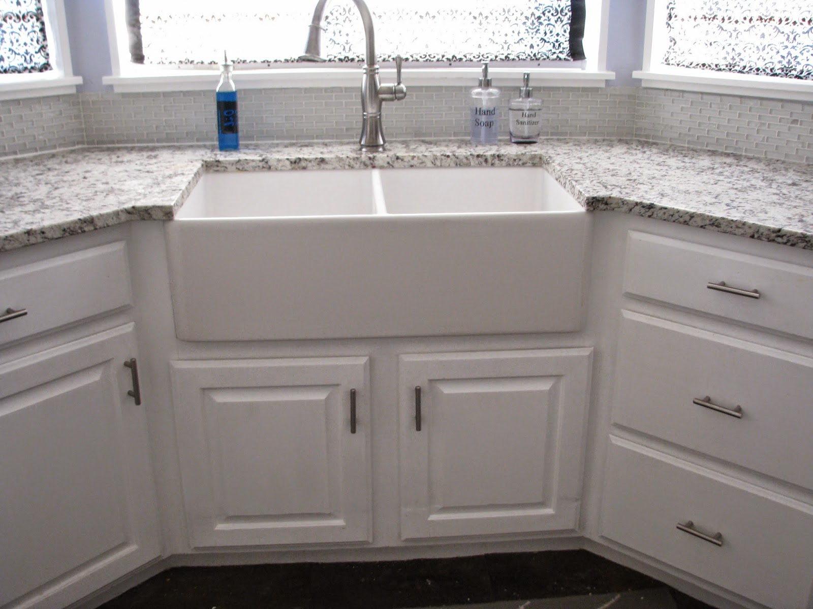 - My So-Called DIY Blog: Tiling Backsplash In A Bay Window With