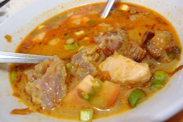 Wisata Kuliner Karawang Soto Tangkar Mang Nean