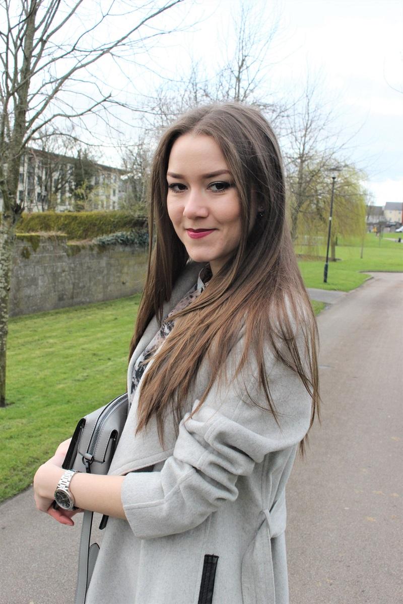 long hair, straight hair, brunette