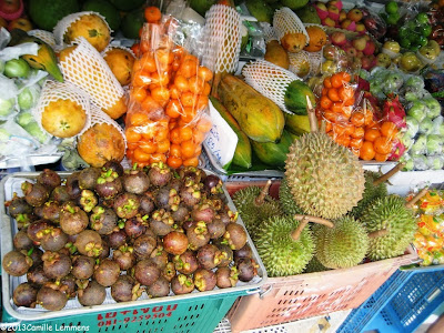 Fruit at Hua Thanon market