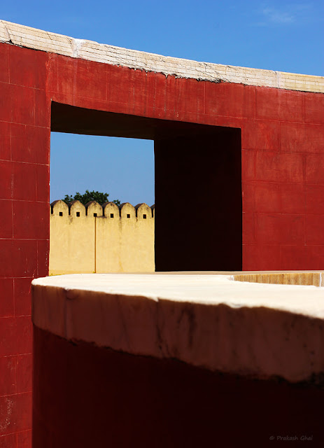 Minimalist Photo of 6 Arcs in repetition at Jantar Mantar Jaipur