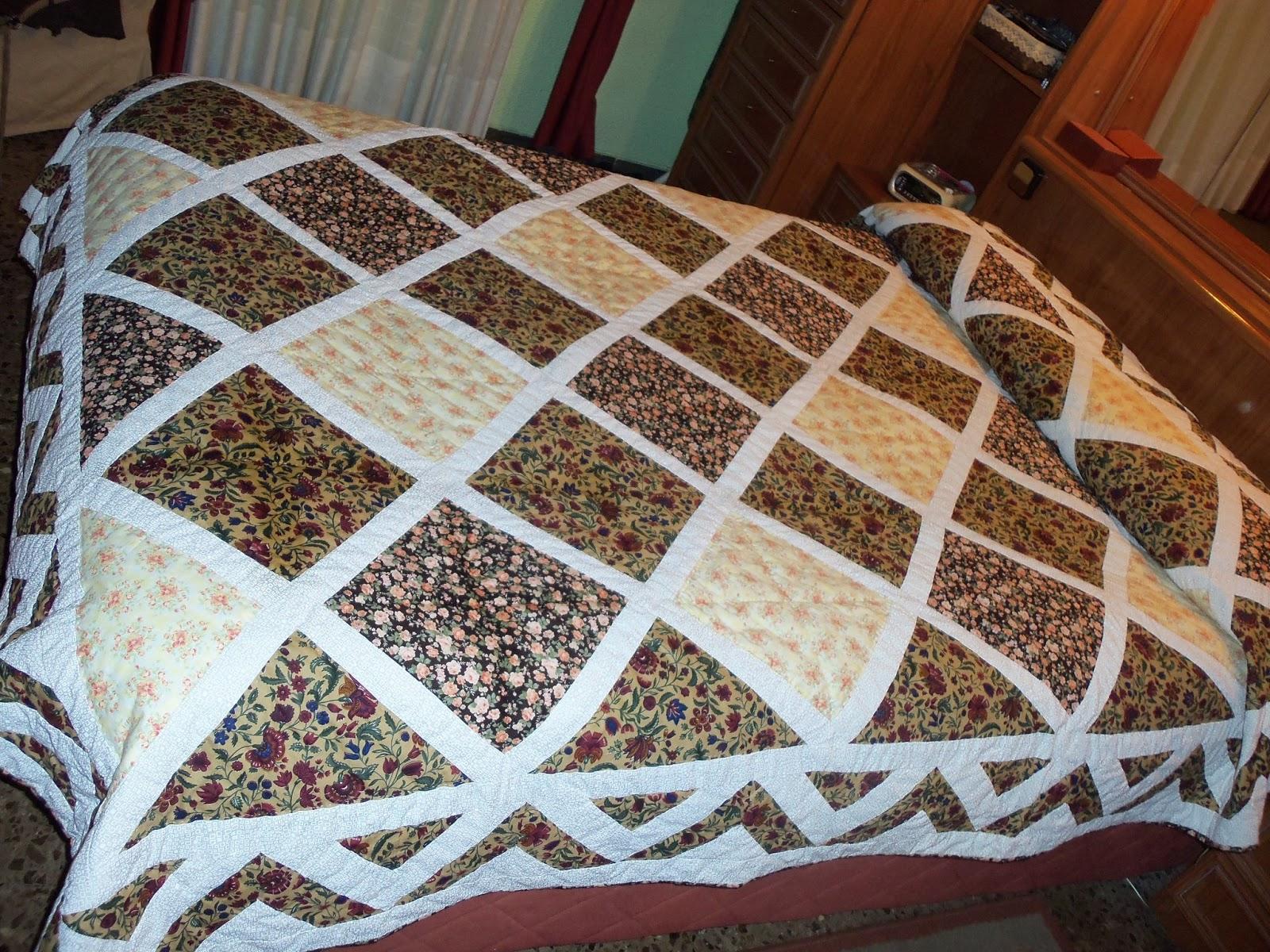 Blog mone abril 2013 - Colchas de patchwork modernas ...