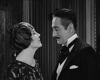 "Кадр из фильма Чарли Чаплина ""Парижанка"" (1923) - 5"