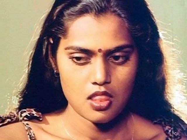 Silk Smitha Hot In Wet Blouse Sexy Boobies Deep Cleavage