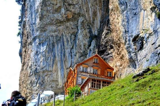 Hotel on Mountain