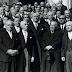 Ποιος Έλληνας υπ. Οικονομικών αναγνώρισε το 1964 όλα τα προπολεμικά χρέη της Ελλάδας και «έδεσε» τη χώρα!  Το διαβάσαμε από το: Ποιος Έλληνας υπ. Οικονομικών αναγνώρισε το 1964 όλα τα προπολεμικά χρέη της Ελλάδας και «έδεσε» τη χώρα! http://thesecretrealtruth.blogspot.com/2017/06/1964.html#ixzz4j2VwUTEW