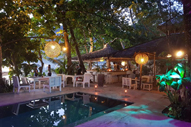 La Plage Sunset Bar and Restaurant El Nido