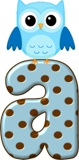 Abecedario Celeste con Lunares Marrón y Búhos Celestes. Ligth Blue Alphabet with Brown Spots and Owls.