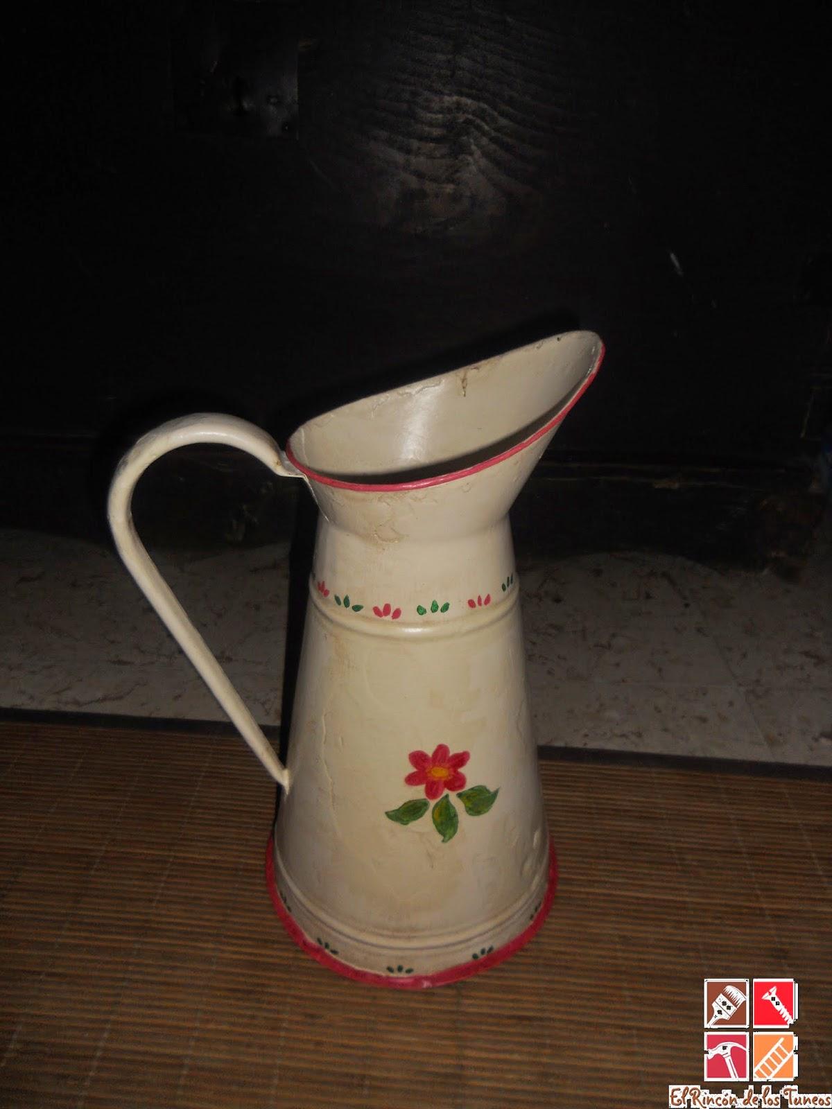 trasera jarra  decorada a mano