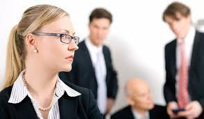 mau relacionamento no ambiente de trabalho colegas