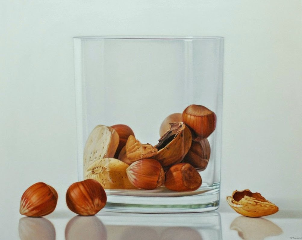27-Ruddy-Taveras-Paintings-Getting-Hyper-Realistic-in-the-Kitchen-www-designstack-co