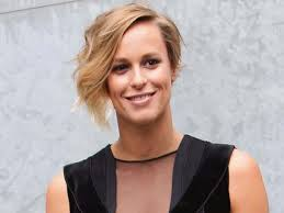 Federica Pellegrini Family Husband Son Daughter Father Mother Age Height Biography Profile Wedding Photos