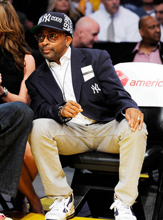 Where does Spike Lee get his designer NY Yankees baseball hats  Answer  New  Era! 48978557c0c