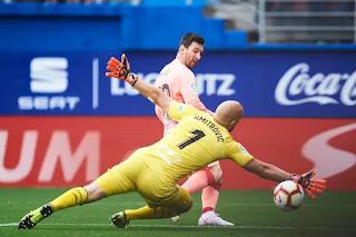Lionel Messi wins sixth Pichichi after Barcelona draw at Eibar