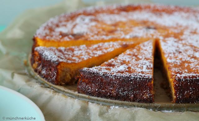 Tolle orangene Farbe und unheimlich lecker im Geschmack. Das kann nur ein guter Kürbiskuchen sein.
