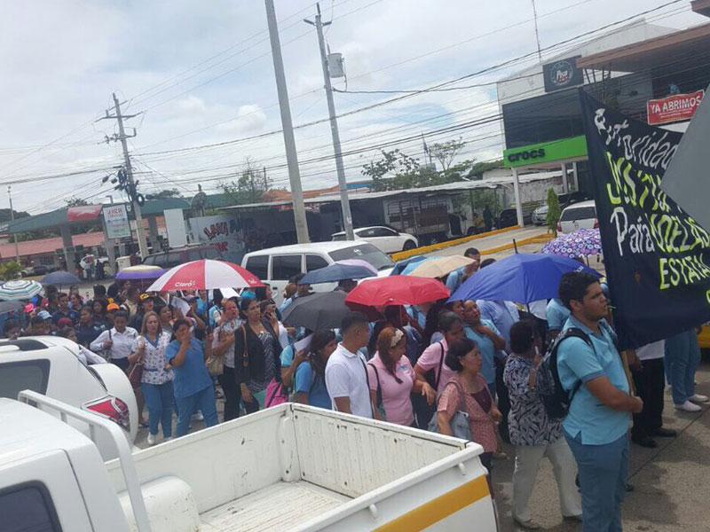 Estudiantes y docentes panameños protestan por autonomía universidad