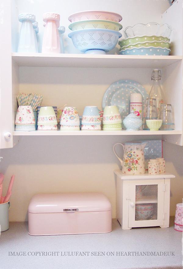 Pastel Kitchen Utensils