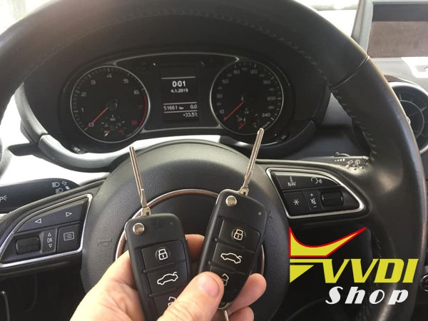 vag-helper-audi-a1-2013-10