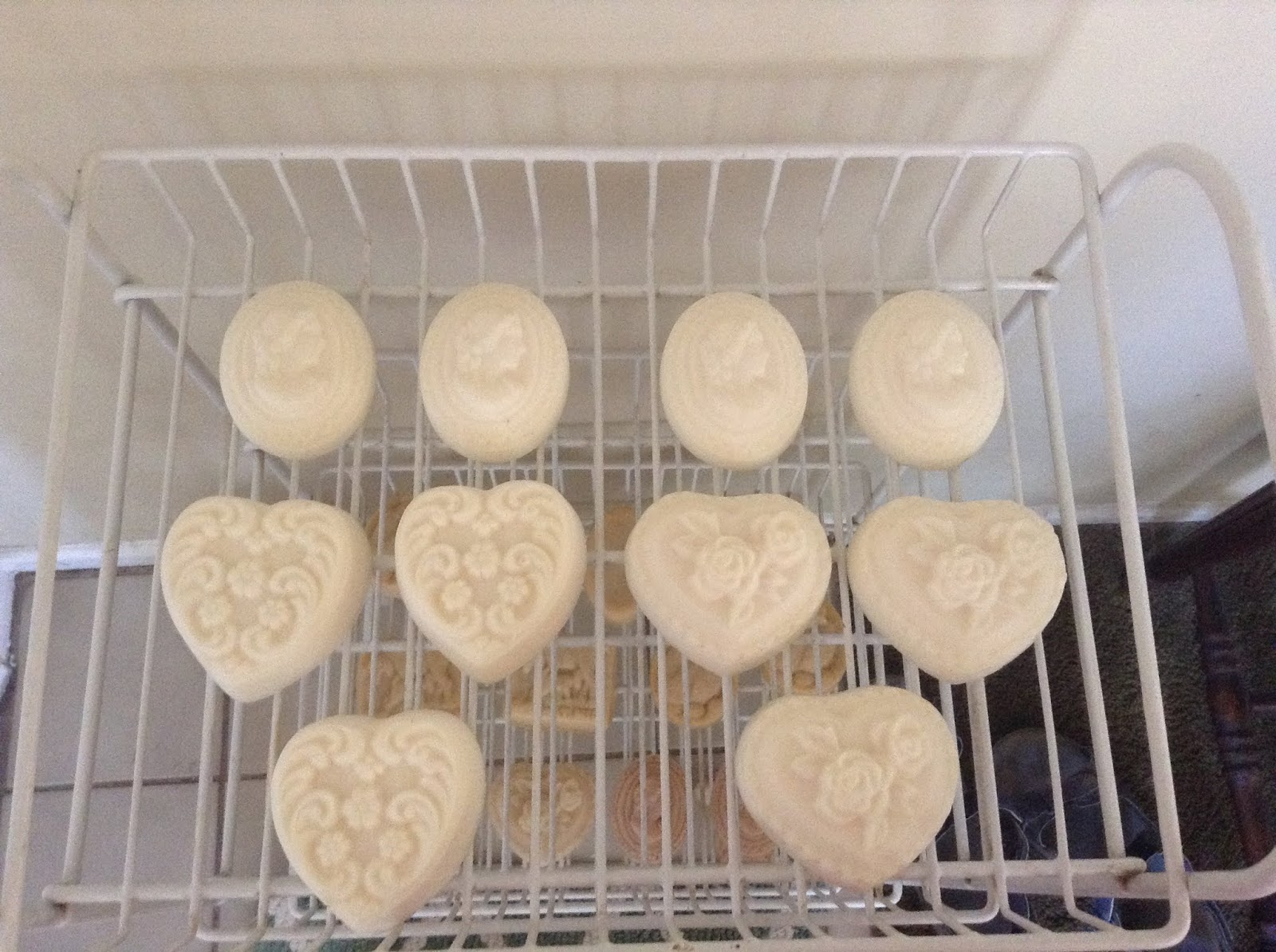 Yesterday I Made A Batch Of Coconut Oil Soap With 20 Superfat Love This Recipe It Creates Wonderful Creamy The Color Is Snowy White