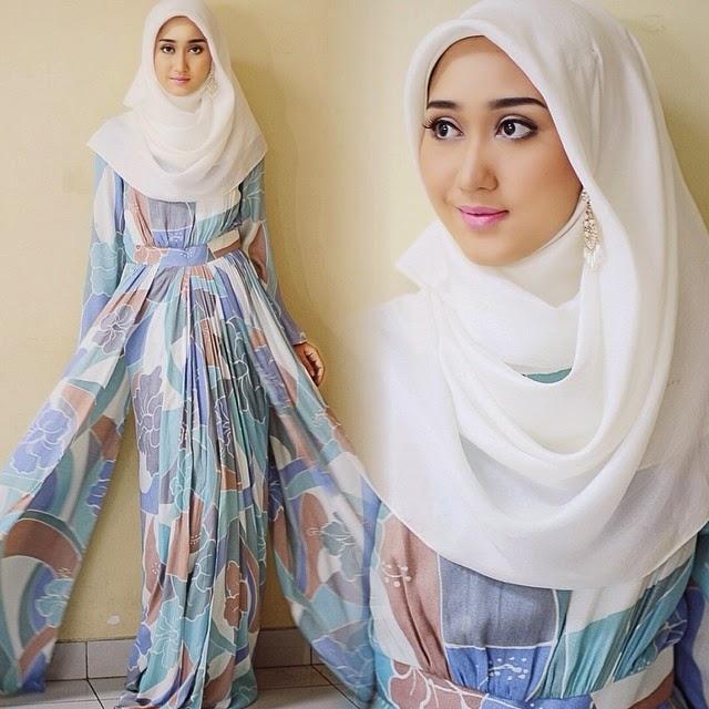Fashion Baju Muslim Gamis Untuk Wanita Batik Keris