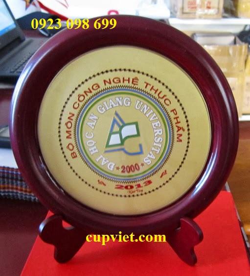 Hoa, quà, đồ trang trí:  cung cấp bằng chứng nhận, sản xuất quà tặng truyền thốn Jic1427013958
