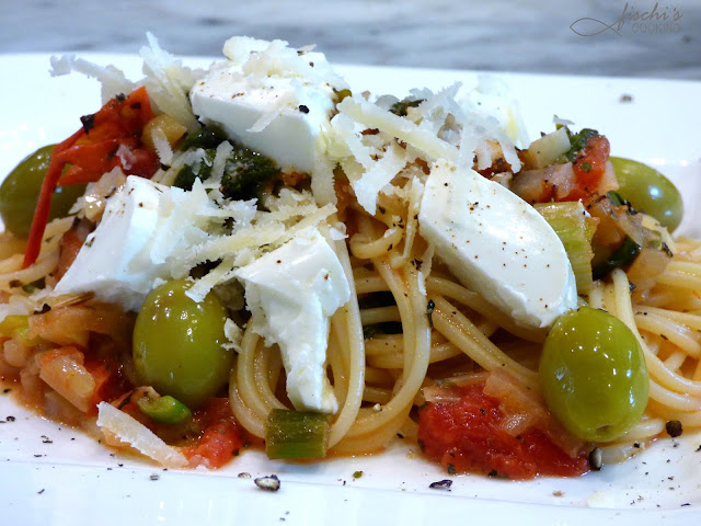 fischiscooking, spaghetti, blattspinat, tomaten, schafkäse