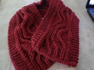 3d43c11c5c3c6 Hola, hoy les muestro las nuevas bufandas ya terminadas con sus respectivos  diagramas, y también algunas de las nuevas lanas e hilos que he comprado  para