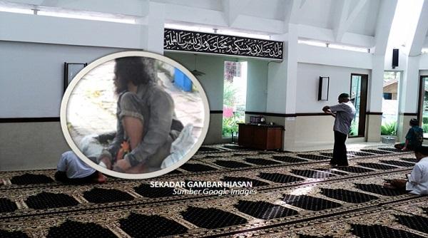 Dia Hanya 'ORANG GILA' Tapi Pada Hari Kematiannya Apa Yg Berlaku MENGEJUTKAN Jemaah Surau !!!
