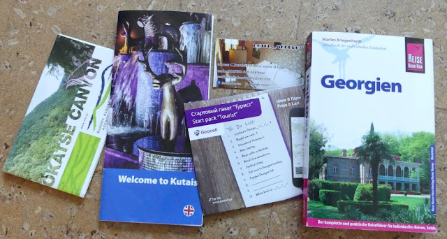 Georgien - Reiseführer, Broschüren usw.