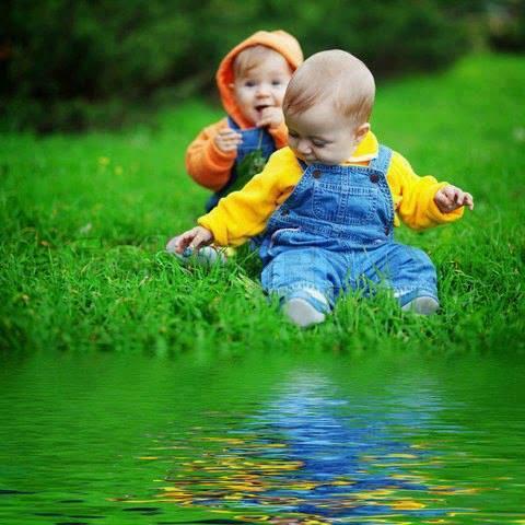 sevimli bebek çift görüntü